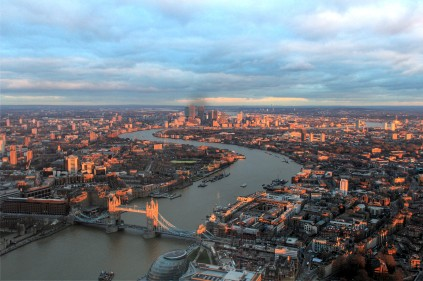Tower Bridge & Canary Wharf