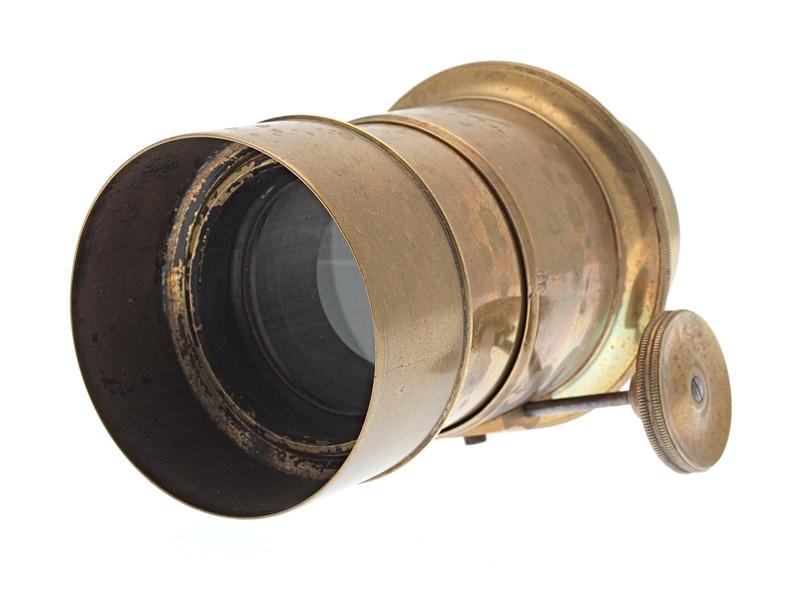 Petzval portrait lens