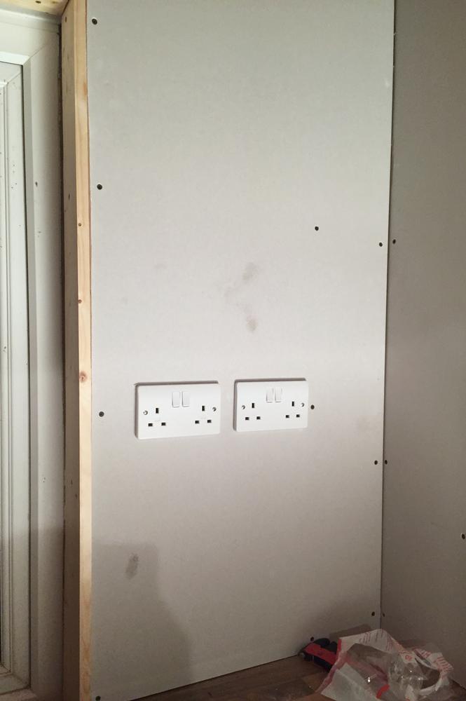 Mains sockets