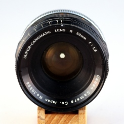 Super-Canomatic R 50mm 1:1.8 II front