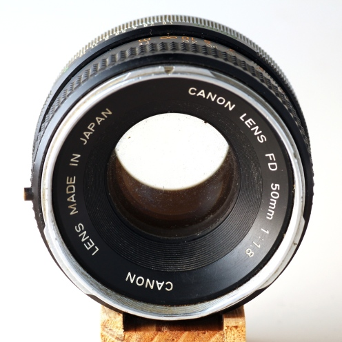 FD 50mm 1:1.8 I front