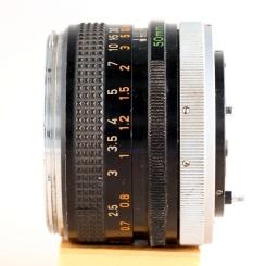 FD 50mm 1:1.8 I left