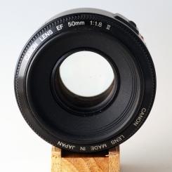 EF 50mm 1:1.8 II front