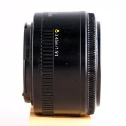 EF 50mm 1:1.8 II right