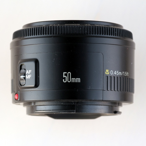 EF 50mm 1:1.8 II top